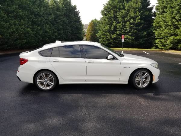 Picture of 2012 BMW 5 Series Gran Turismo 550i RWD