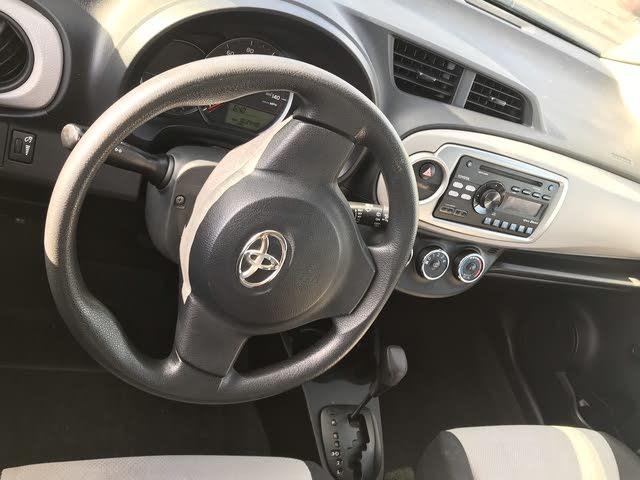 2014 Toyota Yaris Interior Pictures Cargurus