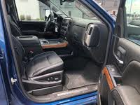 Picture of 2017 Chevrolet Silverado 3500HD High Country Crew Cab 4WD, interior, gallery_worthy