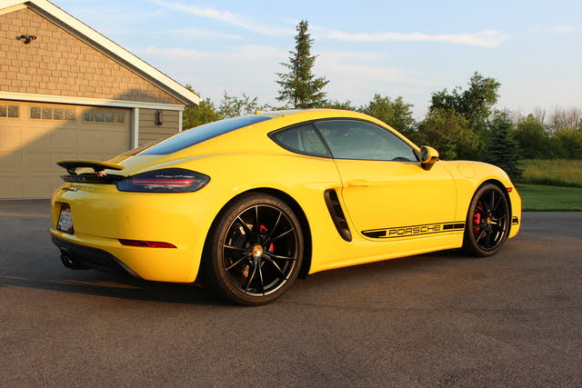 Picture of 2018 Porsche 718 Cayman S RWD