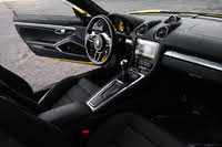 Picture of 2018 Porsche 718 Cayman S RWD, interior, gallery_worthy