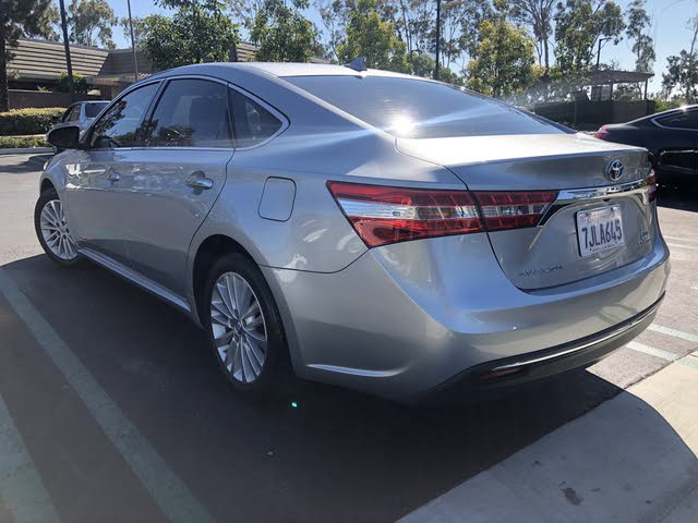 Picture of 2015 Toyota Avalon Hybrid Limited FWD