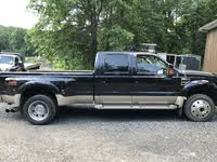 Foto de un 2009 Ford F-450 Super Duty King Ranch Crew Cab LB DRW 4WD, exterior, gallery_worthy