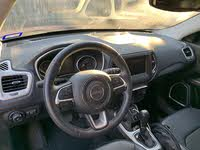 Picture of 2017 Jeep Compass Latitude 4WD, interior, gallery_worthy