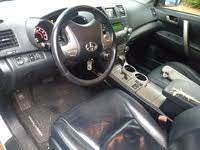 Picture of 2010 Toyota Highlander Sport 4WD, interior, gallery_worthy