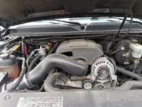 Picture of 2008 Chevrolet Avalanche LTZ 4WD, engine, gallery_worthy