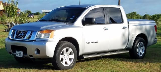 Picture of 2009 Nissan Titan LE Crew Cab