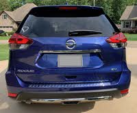 Picture of 2018 Nissan Rogue SV AWD, exterior, gallery_worthy