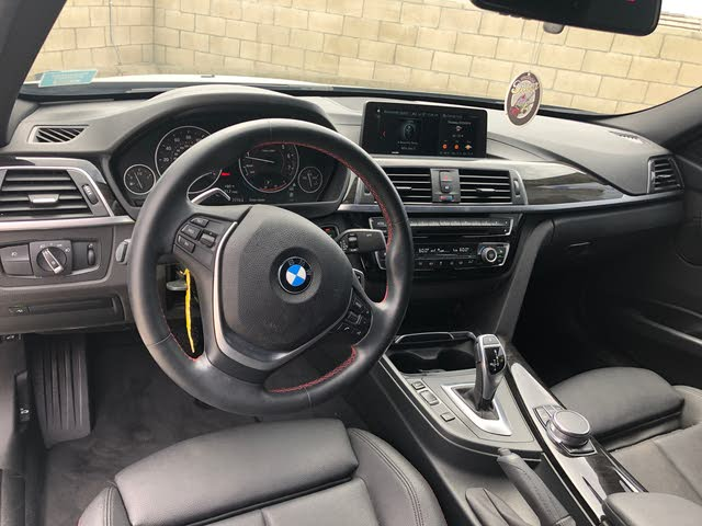 Picture of 2018 BMW 3 Series 330i Sedan RWD, interior, gallery_worthy