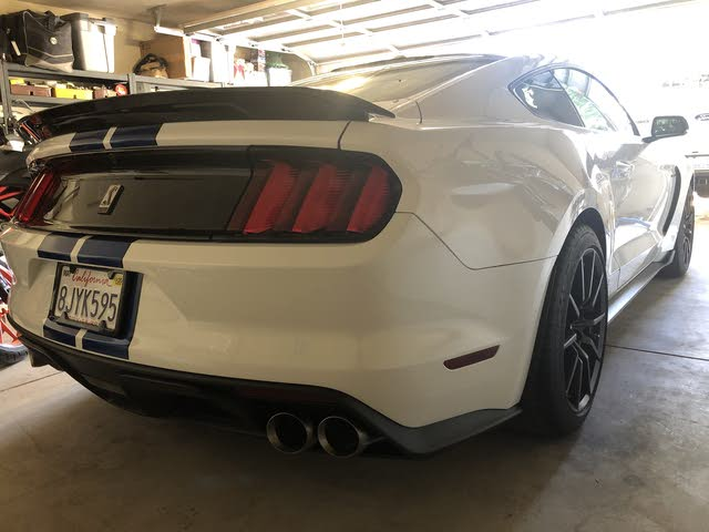 Picture of 2018 Ford Shelby GT350 Coupe