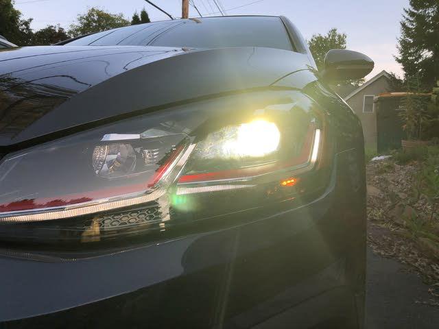 Picture of 2018 Volkswagen GTI 2.0T SE 4-Door FWD, exterior, gallery_worthy