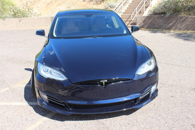 Foto de un 2012 Tesla Model S Performance RWD