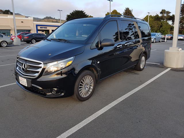Picture of 2017 Mercedes-Benz Metris Passenger
