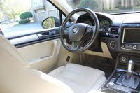 Picture of 2011 Volkswagen Touareg VR6 Sport, interior, gallery_worthy