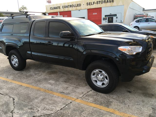 Picture of 2018 Toyota Tacoma SR I4 Access Cab 4WD
