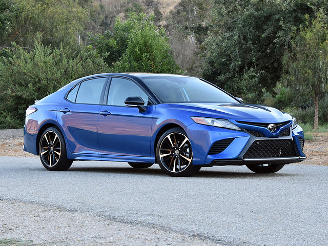 2019 Toyota Camry XSE in Blue Streak Midnight Black Front Quarter View
