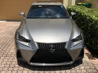 2017 Lexus IS Picture Gallery
