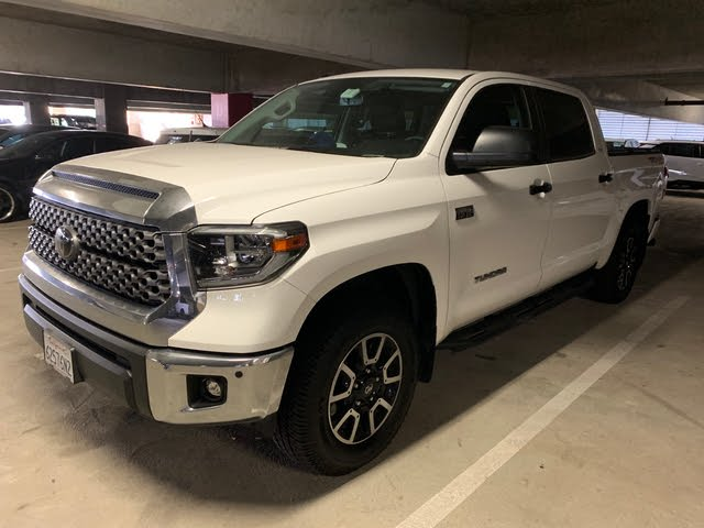 Picture of 2018 Toyota Tundra SR5 CrewMax 5.7L 4WD, exterior, gallery_worthy