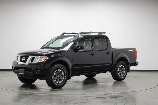 Picture of 2017 Nissan Frontier PRO-4X Crew Cab 4WD