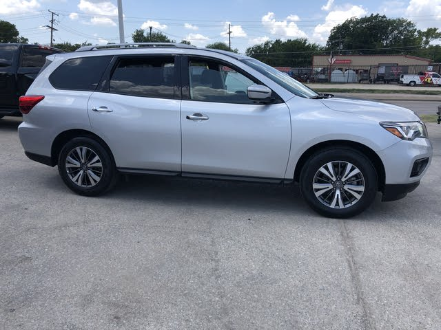 Picture of 2019 Nissan Pathfinder SV 4WD