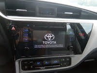 Picture of 2019 Toyota Corolla LE, interior, gallery_worthy