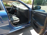 Picture of 2010 Chrysler 300 C RWD, interior, gallery_worthy
