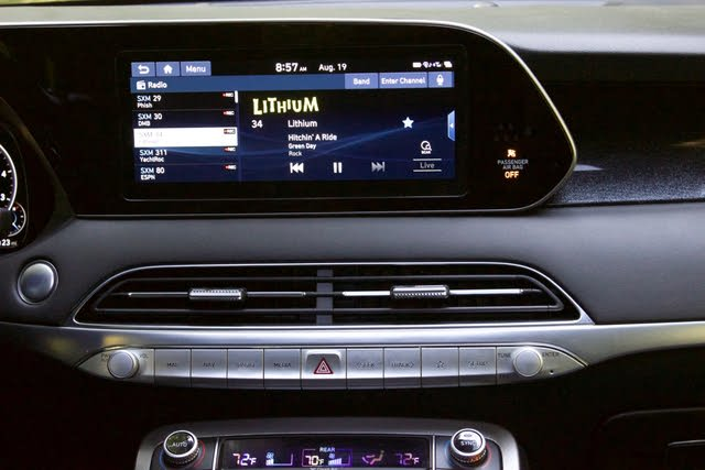Infotainment system of the 2020 Hyundai Palisade., gallery_worthy