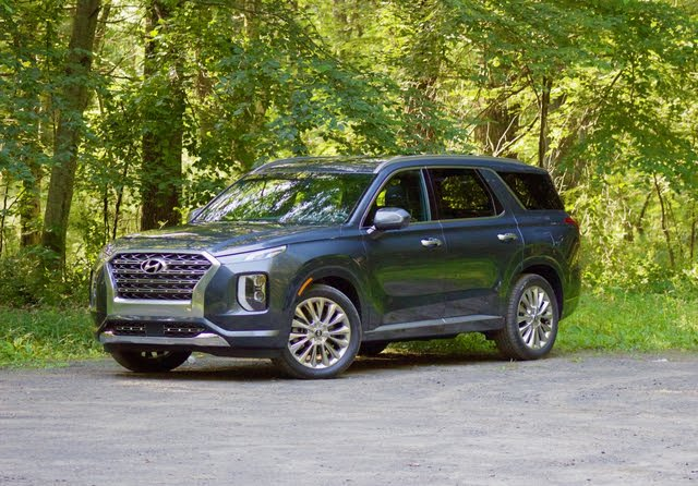 Front 3/4 profile of the 2020 Hyundai Palisade., exterior, gallery_worthy