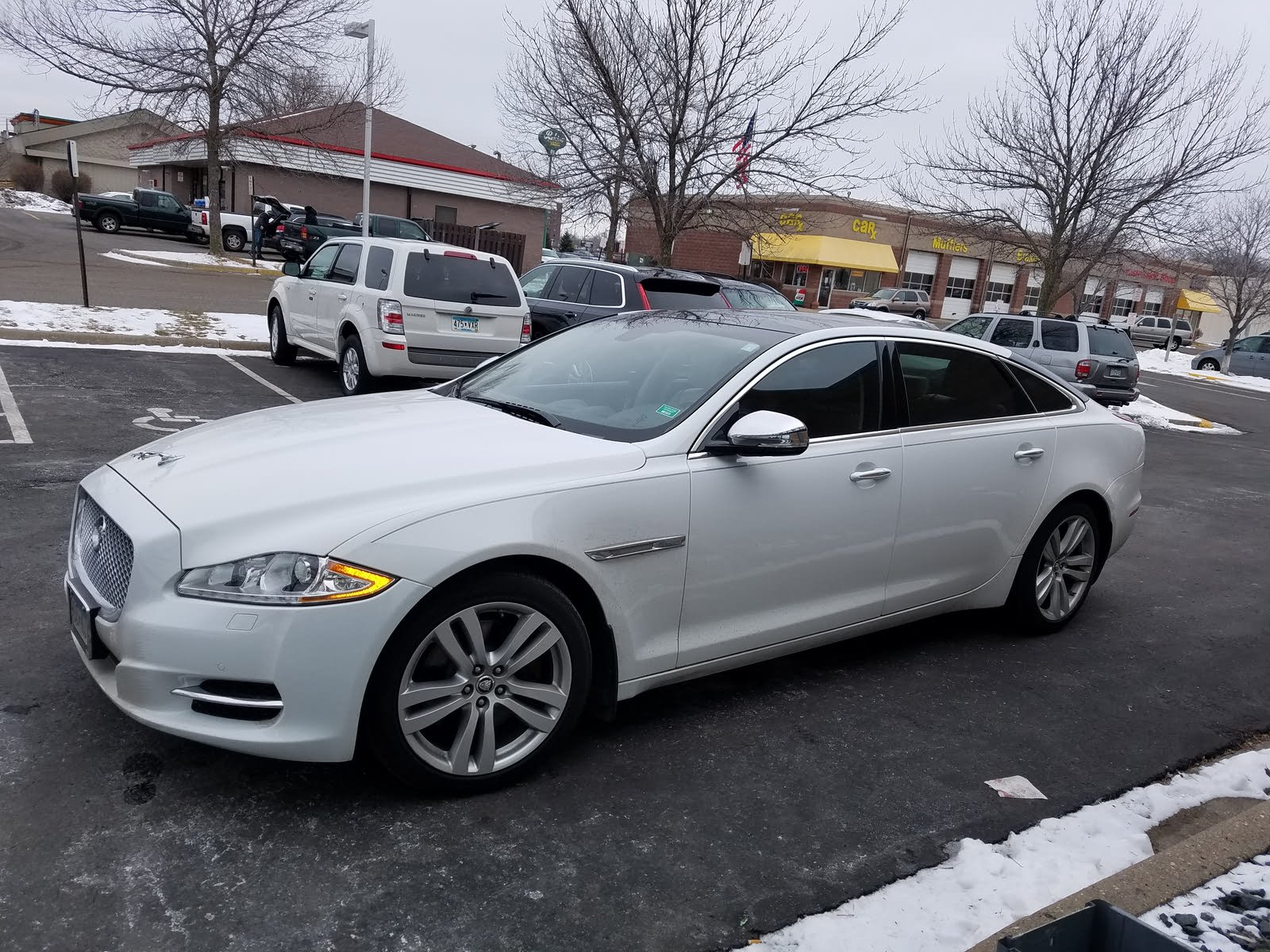 2013 Jaguar XJ-Series - Overview - CarGurus