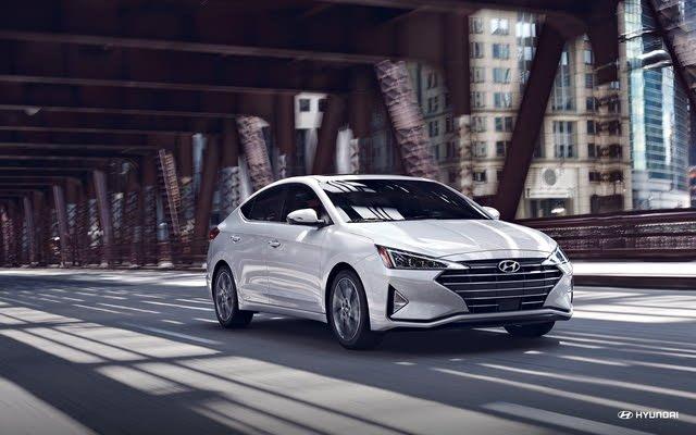 Foto de un 2019 Hyundai Elantra Sport Sedan FWD