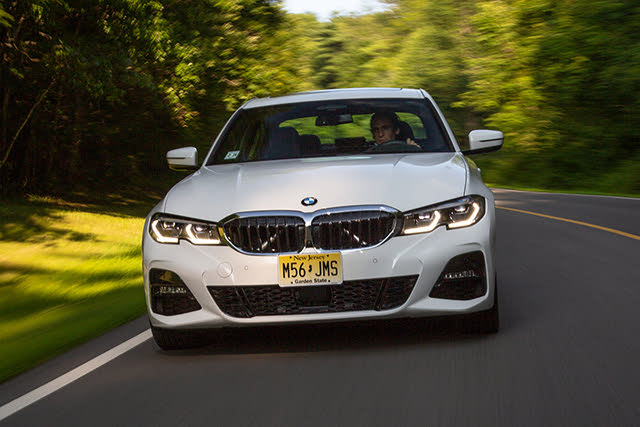 2019 BMW 3 Series 330i xDrive Sedan AWD, driving, exterior, gallery_worthy