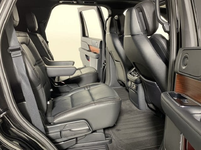 Picture of 2018 Lincoln Navigator Reserve 4WD, interior, gallery_worthy