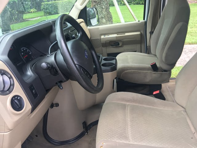 Picture of 2012 Ford E-Series Wagon E-350 XLT Super Duty, interior, gallery_worthy