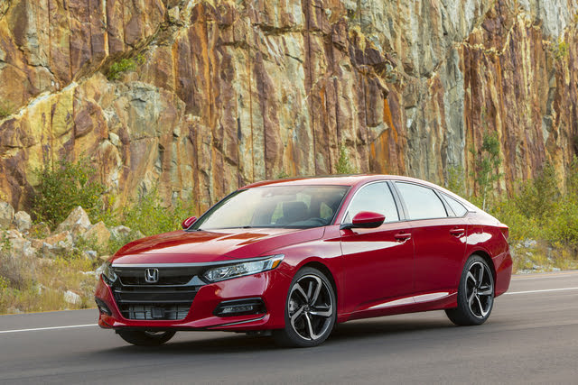 2019 Honda Accord Sport front-quarter view
