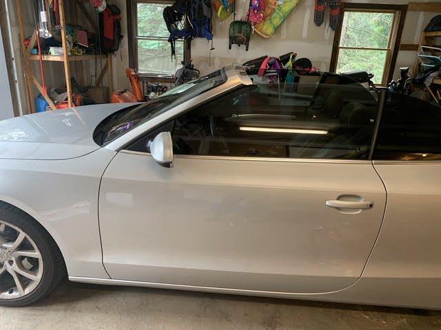 Foto de un 2011 Audi A5 2.0T quattro Premium Cabriolet AWD