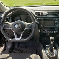 Picture of 2017 Nissan Rogue SV AWD, interior, gallery_worthy
