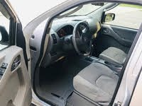 Picture of 2011 Nissan Frontier SV Crew Cab 4WD, interior, gallery_worthy