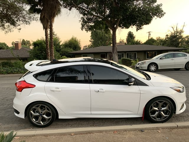 Picture of 2018 Ford Focus ST