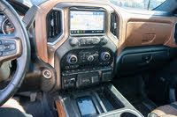 Picture of 2019 Chevrolet Silverado 1500 High Country Crew Cab 4WD, interior, gallery_worthy