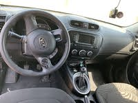 Picture of 2018 Kia Soul Base, interior, gallery_worthy