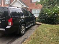 2011 Nissan Pathfinder Overview