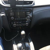 Picture of 2014 Nissan Rogue SV, interior, gallery_worthy