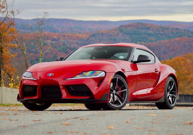 Front 3/4 profile of the 2020 Toyota Supra.