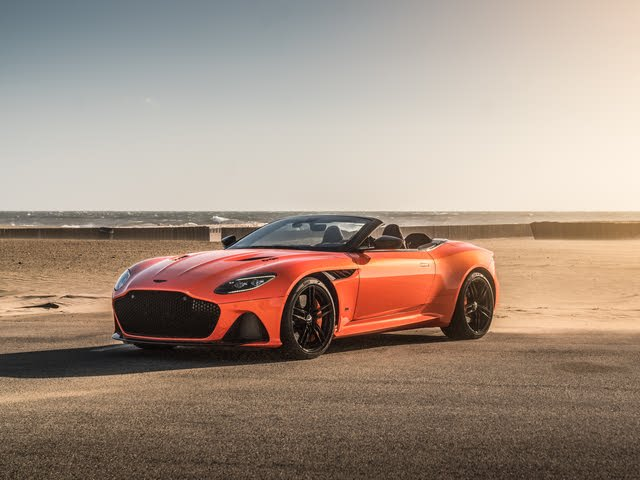 2019 Aston Martin DBS Superleggera front-quarter view