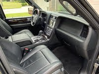 Picture of 2016 Lincoln Navigator L Reserve 4WD, interior, gallery_worthy