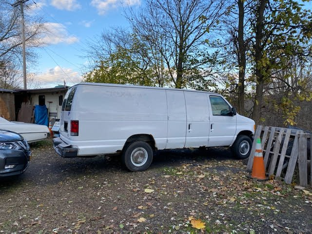 Picture of 2004 Ford E-Series E-250 Extended Cargo Van