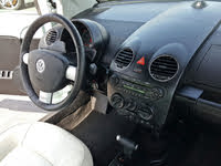 Picture of 2010 Volkswagen Beetle Final Edition Convertible, interior, gallery_worthy