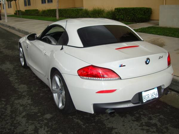 Picture of 2012 BMW Z4 sDrive35i Roadster RWD