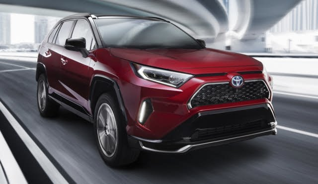 Front-quarter view of the 2021 Toyota RAV4 Prime