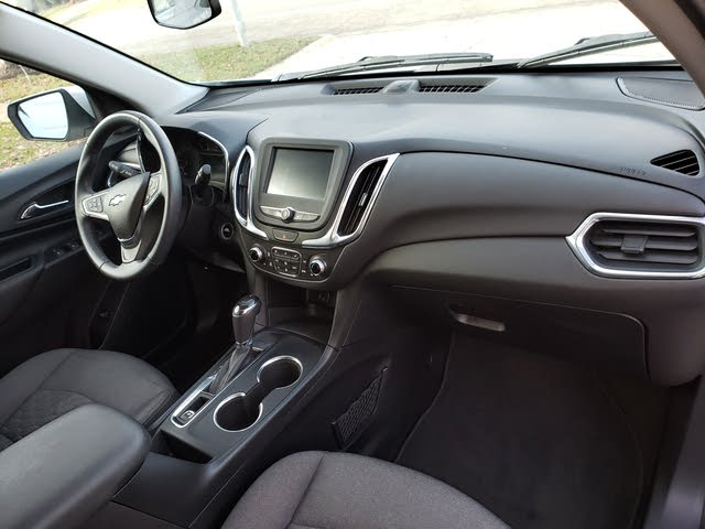 Picture of 2018 Chevrolet Equinox 1.5T L FWD, interior, gallery_worthy
